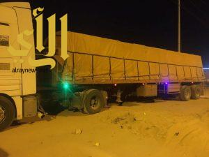 """""""أمانة نجران"""" تغلق مستودعاً وتضبط 8 شاحنات مخالفة لنقل المياه"""