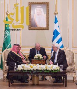 ولي العهد يبحث مع رئيس اليونان العلاقات الثنائية
