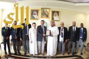 نائب رئيس جمعية الكشافة يلتقي بطلاب معهد العلوم الاسلامية والعربية في جاكرتا