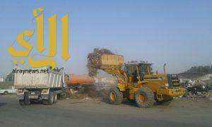 بلدية الجبيل تواصل حملات النظافة داخل مخطط غرب المزارع حي الضباب