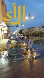 تصريف أكثر ثلاثة آلاف جالون من مياه الأمطار بمحافظة بقيق