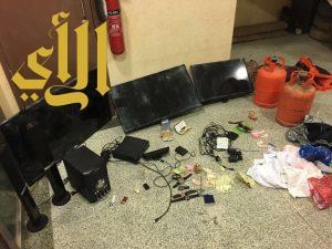 شرطة القريات تضبط سبع مواطنين بحوزتهم عدد من المسروقات
