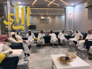 """""""الخواجي """" يزور اجتماع مدراء اللجان الاجتماعية بالهياثم"""