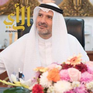 مدير جامعة الباحة يباشر عمله في الجامعة بعد الأمر الملكي بتعيينه