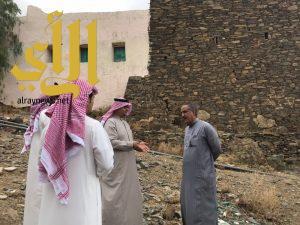 سلطان بن سلمان يوجه فريق تراثي بالإطلاع على إمكانية إعادة تأهيل قلعة طامي المتحمي