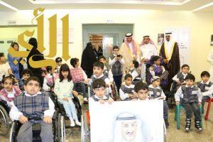 الأمير سلطان بن سلمان يزور مركز الأطفال المعوقين بعسير ويرعى توقيع اتفاقيات تعاون ودعم