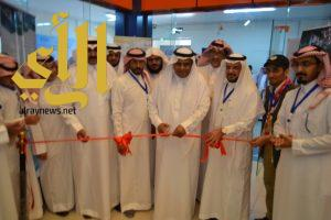 """معرض فني لـ """" أبها عاصمة السياحة العربية """" بتعليم عسير"""