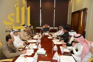 صحة البيئة في أمانة المنطقة الشرقية تعقد اجتماعاً مع الجهات الحكومية