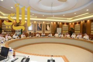 أمانة المنطقة الشرقية تستضيف اجتماع اللجنة الرئيسية لدعم الاستثمار في التعليم الأهلي بالمنطقة