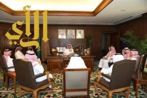 نائب أمير منطقة عسير يلتقي بوفد أرامكو السعودية