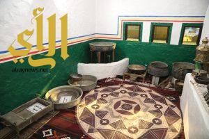 محافظة خميس مشيط تبرز تراث شرق عسير من خلال القصر الطيني بالجنادرية