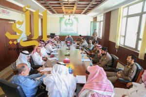 اجتماع اللجنة الفرعية للدفاع المدني بوادي الدواسر