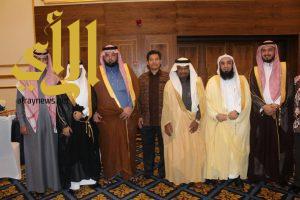 السفير زهير منقل يبارك عرس الأستاذ أحمد نجل الشيخ صالح بن حمدان الزهراني