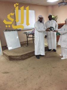 """القطاع الصحي بمحافظة محايل ينفذ مشروع برنامج """"البلاغ المبين"""" الدعوي"""
