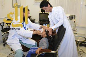 جمعية الكوثر تنفذ حملة للكشف على مرضى العيون بالساحل