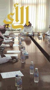 محلي المجاردة يناقش نقص خدمات القرى ودعم مستشفى المحافظة