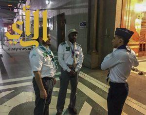الحربي يتفقد أعمال الكشافة في خدمة المعتمرين والزوار بالمدينة المنورة