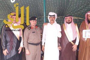 وكيل إمارة منطقة الباحة يطمئن على البطل زايد الغامدي