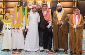 """أمير الباحة : يستقبل الجندي أول """" زايد بن علي"""" المصاب بالحد الجنوبي"""