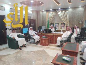 محافظ الحجرة يلتقي رئيس وأعضاء المركز الاعلامي
