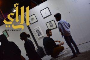 """""""دافنشي رفحاء"""" يقدم جدارية تعليمية في الفن التشكيلي بسوق عكاظ"""