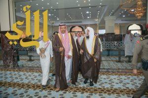 أمير منطقة الباحة: يشيد بتصميم جامع ومجمع نخال الدعوي