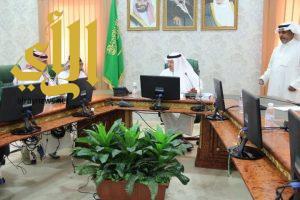 محافظ بلجرشي يعقد اجتماعا لدراسة النطاق الاشرافي والخدمي للمحافظة