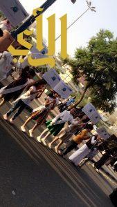 نادي الحي ومصلحة المياه ينظمان مسيرة توعوية في شارع الفن بأبها