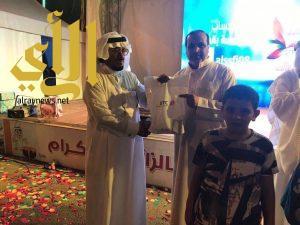 جوائز من الاتصالات السعودية لزوار مهرجان العسل بالباحة