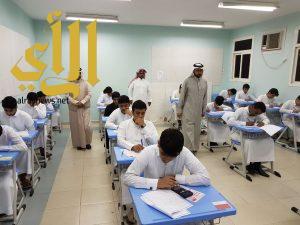 مسؤولو تعليم ألمع يتفقدون سير الاختبارات في المدارس