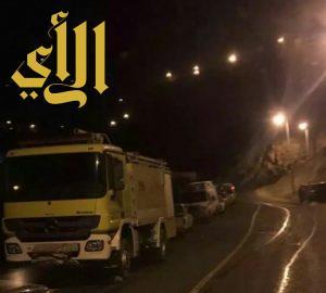 وفاة 4 وإصابة 4 من عائلة واحدة في حادث انقلاب بفيفاء
