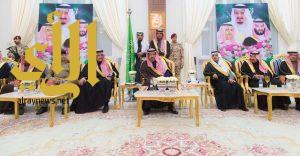 أمير الباحة يبحث سبل تطوير الرياضة وأنديتها بالمنطقة