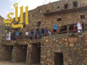 تعاون أهالي قرية بجمع ٤ آلاف قطعة تراثية يبرز متحف آل عليان بمحافظة النماص