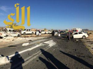 وفاة أربعة أشخاص وإصابة آخر في حادث مروري بالعماير