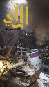 الدفاع المدني في شرورة يخمد حريق بمستودع