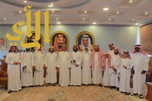 محافظ المخواة يكرم الطلاب الفائزين في مسابقة الملك سلمان لحفظ القران