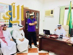مدير تعليم محايل يستنفر المعنيين لتجهيز مقر المركز الكشفي للدراسة التأسيسية
