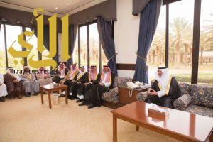 امير تبوك يلتقي رؤساء المراكز وأعضاء المجالس المحلية والبلدية