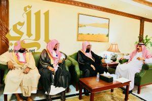 مدير عام فرع هيئة الأمر بالمعروف بمنطقة الرياض يزور محافظة المزاحمية
