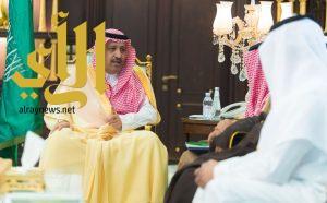 أمير الباحة يسلم أول رخصة سياحة زراعية ومبادرة التطوير السياحي للباحة