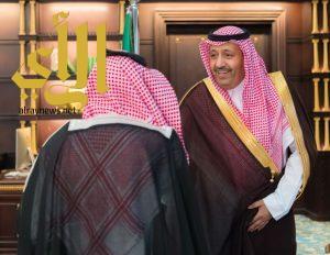 أمير الباحة يستقبل رئيس وأعضاء وعضوات لجنة ريادة الأعمال بالغرفة التجارية بالمنطقة
