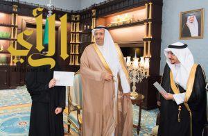 الأمير حسام بن سعود يستقبل مدير جامعة الباحة