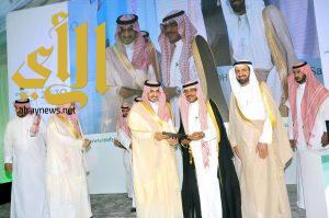 أمير الجوف يدشن عددا من المشاريع الصحية بمحافظة القريات