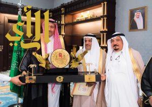 أمير الباحة يستقبل رئيس لجنة رعاية السجناء ( تراحم )