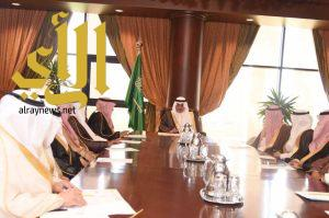 أمير تبوك يترأس اجتماع جمعية الملك عبدالعزيز