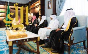 أمير الباحة يدشن الحملة الصيفية للتوعية ومحو الأمية
