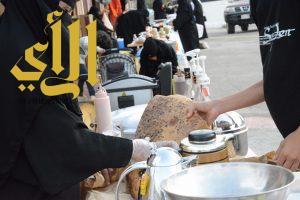 اطباق ومنتوجات الأسر المنتجة تجذب زوار منتزه الثروة الوطني بمحافظة القرى
