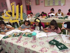 نادي حي السلام بالمتوسطة ٦٢ يقيم برنامج بعنوان (قيم الطفولة )