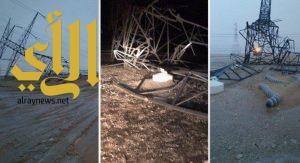 سقوط أعمدة «ضغط عالي» على طريق «الدمام – الأحساء» بسبب الأمطار
