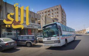 """الجمعية الخيرية لرعاية الأيتام """"أكناف"""" الباحة تنظم رحلة عمرة لـ 140 يتيماً وامهاتهم"""